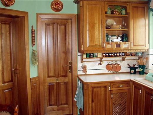 Masívna kuchyňa
